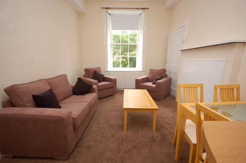 Lord Russsell Place 3 1 Lounge